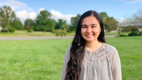 Jasmine Minhas '22 smiles for the camera
