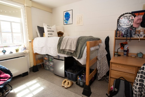 A fully student decorated dorm room