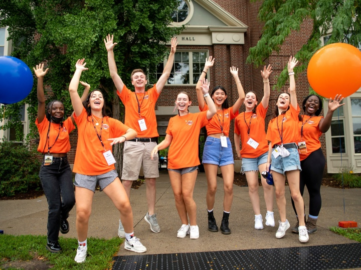 Orientation Assistants welcome the Class of 2025 to Bucknell on Move-In Day.