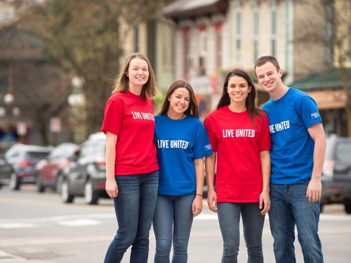 Students on Market Street in Lewisburg