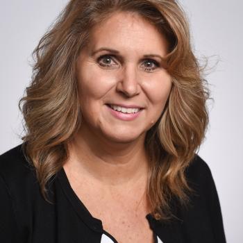 Stephanie Zettlemoyer